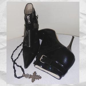 Michael Kors patent leather stiletto - EUC